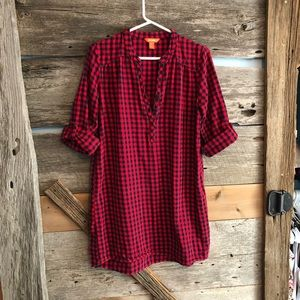 Joe Fresh red and navy plaid tunic size Small